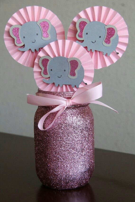 baby shower elephant decor