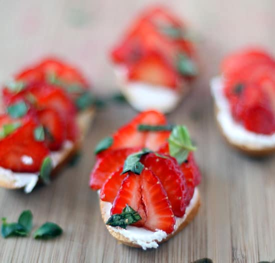afternoon shower food ideas BALSAMIC STRAWBERRY & GOAT CHEESE CROSTINI