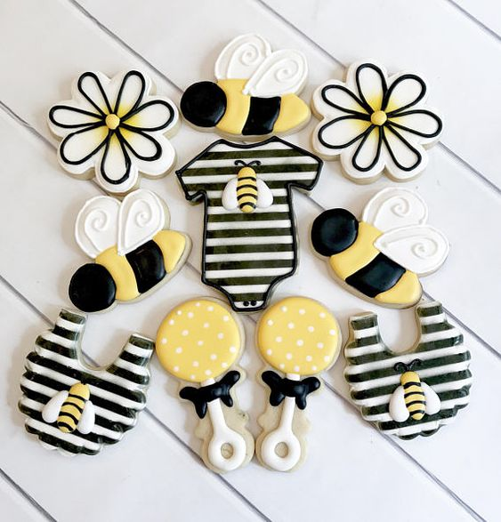 Baby shower cookies 25
