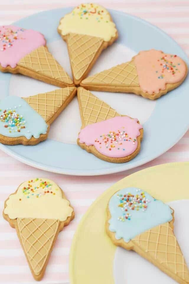 Baby shower cookies 5