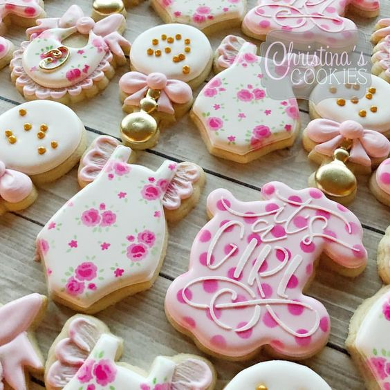 Baby shower cookies 56