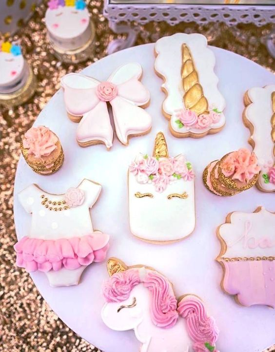 Baby shower cookies 72
