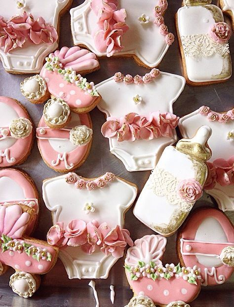 Baby shower cookies 79