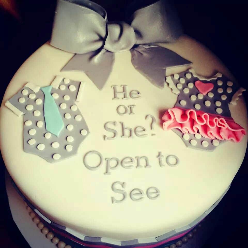 Gender Reveal Cake Ideas 7