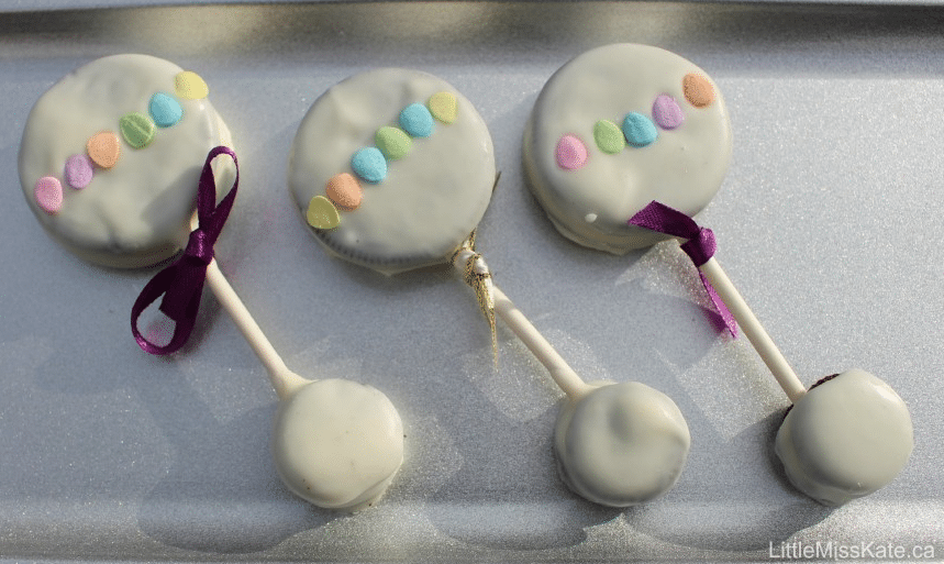baby rattle oreo pops baby shower cookies