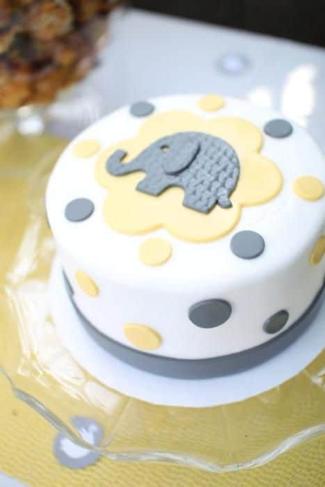 baby shower cakes 31