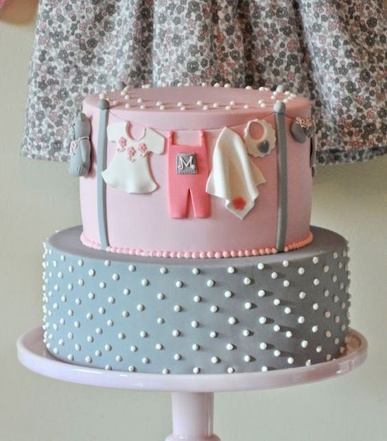 baby shower cakes 37