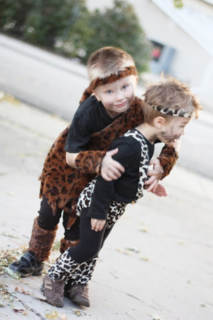The Best Toddler Costumes. Funny, cute and unique toddler Halloween costume ideas for boys and girls. Some costumes include scary, deer, unicorn, matching with siblings, witch, and more. Click for easy homemade DIY costume ideas.