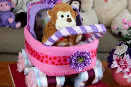 baby Carriage diaper cakes