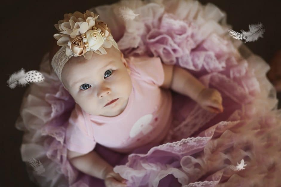 Comprehensive list of unique and uncommon girl names that are cute and beautiful. Meanings and pronounciation also included. Pin it. #babynames #uniquenames