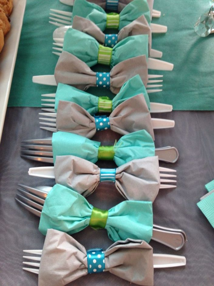 Click to see different themes, decorations, centerpieces, favor ideas, food and more. If you are on a budget, there are lots of great DIY decorations too! Ideas include woodland, elephant, rustic, nautical, prince, sports, vintage and more. Pin it in your baby shower board. #babyshower #babyboy #onabudget
