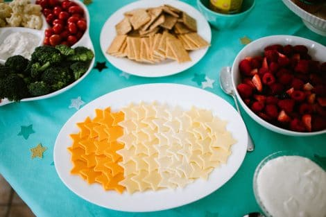 Star shaped foods are a great baby shower favor for your Twinkle Twinkle Little Star theme.