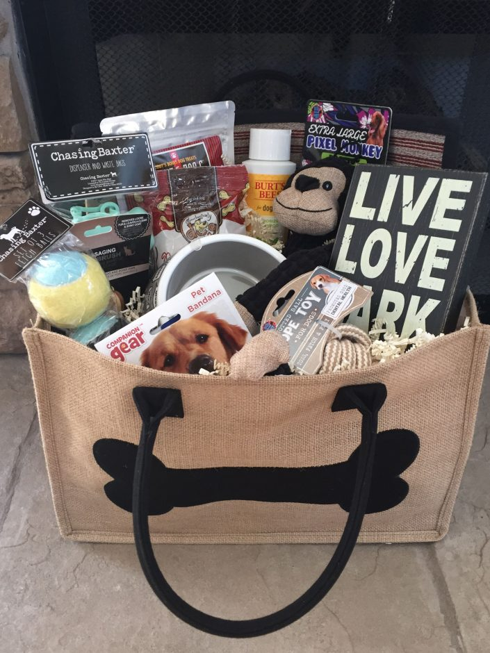 Christmas gift baskets for dogs