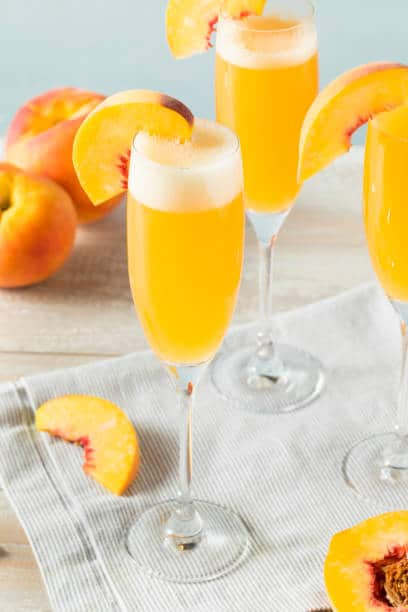 how to set up a mimosa bar plus delicious recipes and free printables for your momosa bar