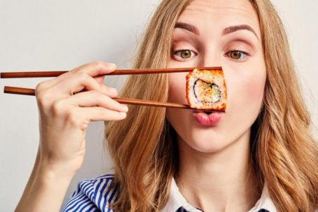 can pregnant women eat sushi
