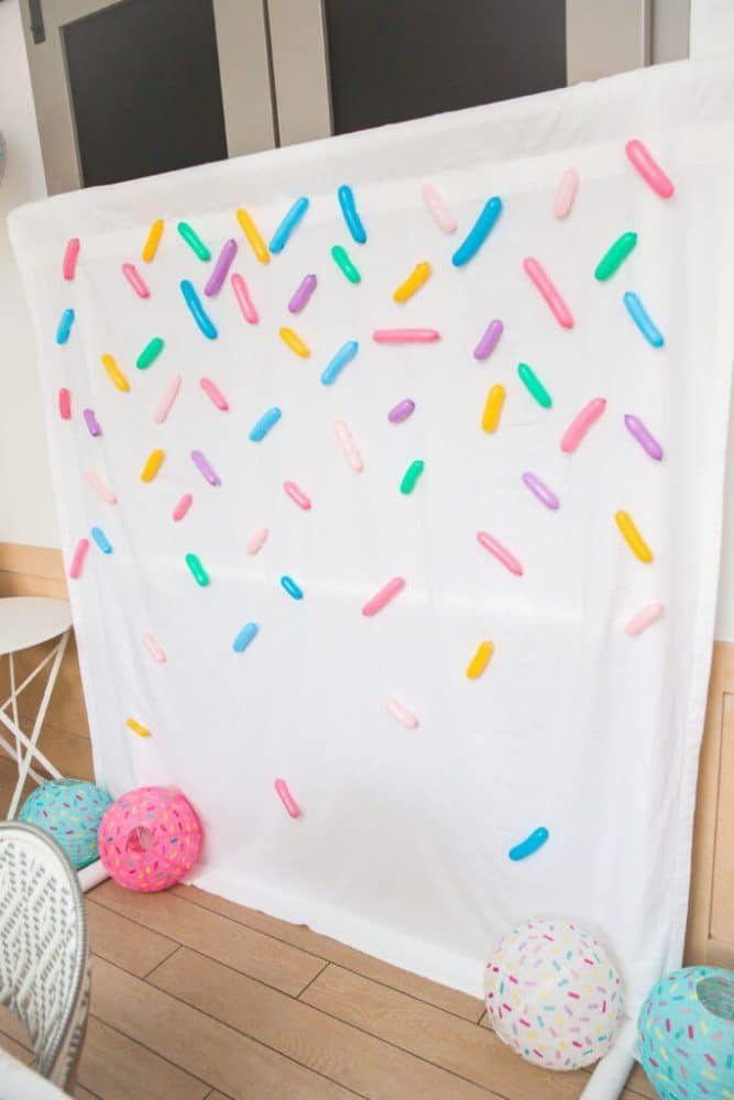 Baby Sprinkle Ideas | Beautiful ideas for boys, for girls and gender neutral parties. Included are simple yet elegant ideas you can totally DIY. #babyshower #secondbaby #pregnant
