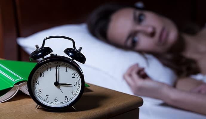 not sleeping mom awake at 3am